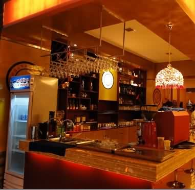复古西餐厅吧台设计