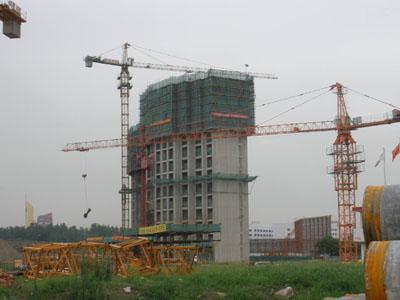 附着式塔吊结构图