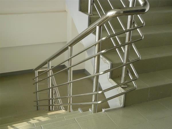 恒锋门业 不锈钢栏杆 004